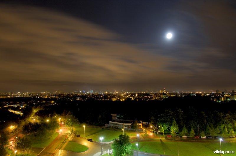 Brussel bij nacht, lichtvervuiling